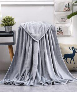 Plaid couleur gris